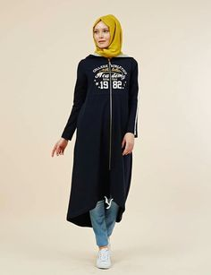 1aa7a708e2088 129 Best Hijabis Style Log | Sports Wear images in 2019 | Athletic ...