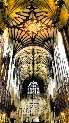 One of the most majestic cathedral's in the UK #Winchester