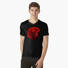 The Betta fish is a symbol for independence and the defiant spirit, warrier energy, deep knowledge and creativity. The male Betta is extremely territorial and lives most of it's life in solitude. Siamese Fighting Fish, Black Backgrounds, Tshirt Colors, Chiffon Tops, V Neck T Shirt, Betta Fish, Low Poly, Solitude, Tees