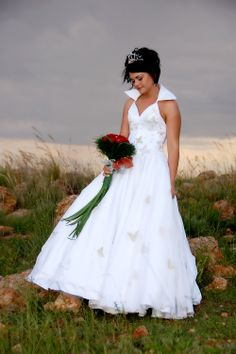 A #bride, #red and a beautiful #sunset. www.thabatshwene.co.za