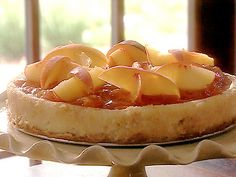 Peach Cheesecake recipe from Paula Deen via Food Network Easy Desserts, Delicious Desserts, Dessert Recipes, Yummy Food, Fruit Recipes, Dessert Ideas, Drink Recipes, Healthy Food, Healthy Eating