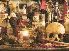 Voodoo altar, New Orleans style Voodoo Priestess, Voodoo Hoodoo, Voodoo Spells, Halloween 2018, Voodoo Halloween, Steampunk Halloween, Marie Laveau, Voodoo Party, New Orleans Voodoo