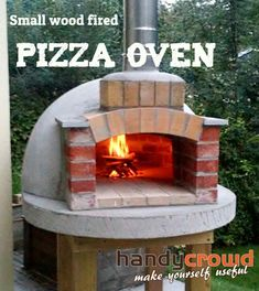 Building a small wood fired pizza oven around internal dia., big enough for 2 pizza How to build a small wood fired pizza oven: or 30 inch diameter. A simple wooden frame with brick dome plus a firebrick cooking surface. Lots of pics. Build A Pizza Oven, Pizza Oven Outdoor, Outdoor Kitchen Bars, Outdoor Kitchens, Outdoor Rooms, Outdoor Living, Outdoor Bars, Outdoor Showers, Pizza Oven Outside