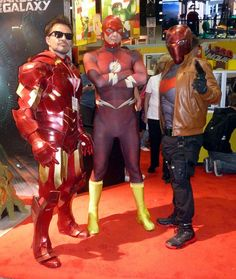 Characters: Iron Man (Tony Stark), Flash (Barry Allen), & Red Hood (Jason Todd) / From: MARVEL Comics & DC Comics / Cosplayers: Unknown / Event: San Diego Comic-Con 2014