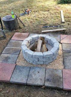 30 großartige DIY Ideen um aus ein paar Pflastersteinen eine schöne Feuerstelle günstig zu bauen | CooleTipps.de