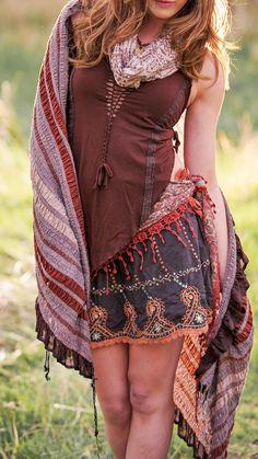 Boho tribal fashion, fall fashion, bohochis fashion, boho girl, bohemian girl, free spirit, free spirit fashion. scarf, scarves