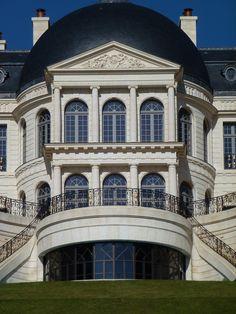 Chateau Louis XIV, Louveciennes, 2011 - Heres