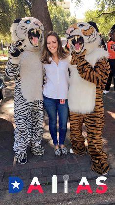 Claire Ballor, 2016 State Fair of Texas Parade.