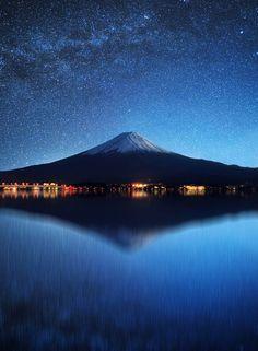 """⚡️ """"LOS MOMENTOS FAVORITOS DE @HACERFOTOS (6/5/2017)"""" https://twitter.com/i/moments/860773458044747777  (Preciosa composición del Monte Fuji, #foto de Stijn Dijkstra)"""