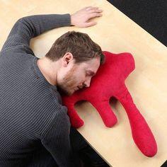 死んだように眠れる血の海枕1
