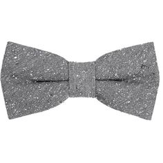 MANGO MAN Textured silk bow tie ($18) ❤ liked on Polyvore featuring men's fashion, men's accessories, men's neckwear, bow ties and grey