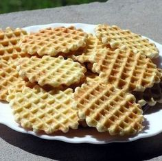 Sós tallér Recept képpel - Mindmegette.hu - Receptek Nacho Chips, Bubble Waffle, Waffle Cake, Salty Snacks, Hungarian Recipes, Small Cake, Waffle Iron, Waffle Recipes, Waffles