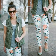 my gal @Danielle * Lou What Wear * sporting floral & cargo effortlessly (with a side of topknot)...