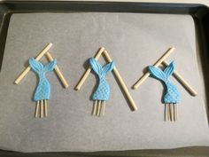 It's summer in my neck of the woods, and that means swimming, swimming, swimming! And what better way to celebrate than with Mermaid Cupcake Toppers!