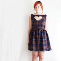 Tutorial for a vintage inspired dress with a unique heart cutout.