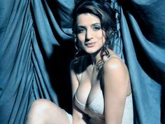 Amisha patel secreat fucking free downlodind, image erotic pornographique