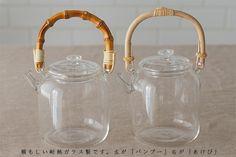 ガラスティーポット (スタジオプレパ) | 急須・ポット・ピッチャー | cotogoto Japanese Tea Set, Kitchen Interior, Glass Jars, Cup And Saucer, Kettle, Stoneware, Tea Pots, Porcelain, Pottery