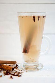 herbata imbirowa Pint Glass, Smoothie, Beer, Tableware, Diet, Root Beer, Ale, Dinnerware, Beer Glassware
