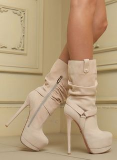 Your high heels questions answered. What is the difference between stilettos and high heels. Why are high heels called pumps. Does wearing high heels tone your legs. Can wearing heels cause hip pain Hot High Heels, Platform High Heels, High Heel Boots, Womens High Heels, Ankle Boots, Heeled Boots, Boots With Heels, Fall Heels, Lace Up Heels