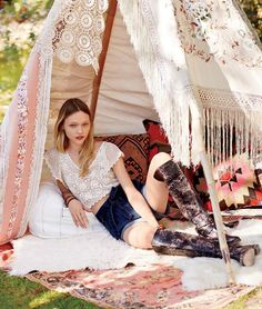 Sasha Poses for Free People – The January catalog from Free People taps Sasha Pivovarova for an outdoorsy shoot photographed by her husband, Igor Vishnyakov. The images were photographed at her home where her paintings are strongly featured as well as Free People's wide-legged styles, printed harem pants with light scarves for spring. Also make …
