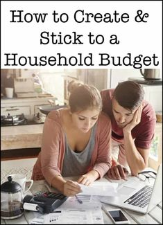 How to Create and Stick To a Household Budget (How to Track Your Money Series) Budget Tracking, Budget Binder, Getting Organized At Home, Organized Mom, Coupon Organization, Life Organization, Organizing Tips, Weekly Budget, Family Calendar