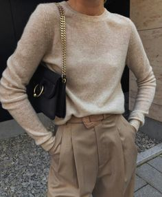 Image shared by Jarbas Jacare. Find images and videos about girl, fashion and style on We Heart It - the app to get lost in what you love. Mode Outfits, Stylish Outfits, Fall Outfits, Fashion Outfits, Look Street Style, Fashion Jackson, Winter Mode, Business Outfit, Mode Inspiration
