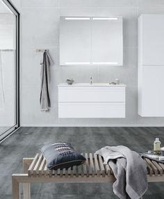 Nice Nordic style! White Dansani Zaro furniture and wooden styling.
