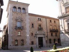 Casa Cisneros. Plaza de la Villa.Madrid
