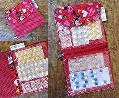 Porta Remédios - Vermelho1 Corações