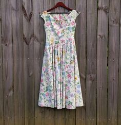 Vintage 70s 80s S M Small Medium Floral by PinkCheetahVintage