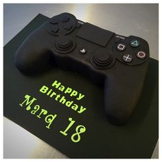 PS4 cake