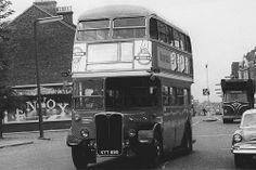 160 bus in Eltham High Street