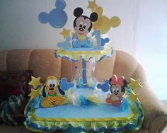 chupeteros de mickey bebe - Buscar con Google Festa Mickey Baby, Mickey Mouse Birthday, Minnie, Baby Shower Parties, Baby Shower Themes, Baby Boy Shower, Baby Joey, Baby Shawer, Mickey Mouse Characters