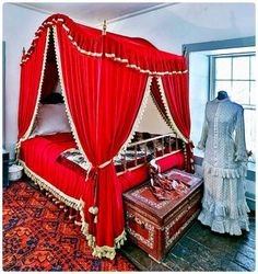 Solve Red Bed Curtains jigsaw puzzle online with 49 pieces Puzzle Online, Bed Curtains, Red Bedding, Amazing Red, Outdoor Furniture, Outdoor Decor, Jigsaw Puzzles, Home Decor, Bed Drapes