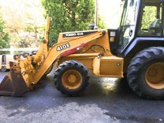 2000 John Deere 410E -2000 John Deere Backhoe, Bought from someone in Yuba city who bought it from a good friend. Both owner operators never rental or company equipment. Has 4in1 bucket and Extenda hoe. Has a cab with working heater and a/c. - See more at: http://www.heavyequipmentregistry.com/heavy-equipment/11484.htm