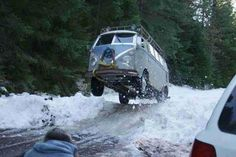 VW T1 playing around in the snow...