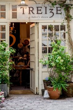 Chef Laurel Sanderson's cozy eatery and bakery in Paris