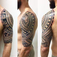 "508 Likes, 8 Comments - Gustavo Teixeira Franzoni (@guteixeiratattoo) on Instagram: ""Estilo polinésio. 6 sessões. #maoritattoo #maori #polynesian #tatuagemmaori #tattoomaori…"""