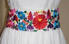 Resultado de imagen para cintos bordados mexicanos