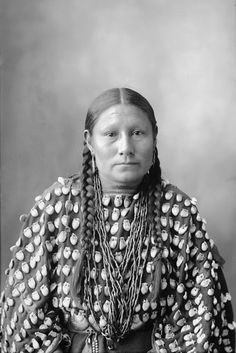 LUCY CROOKED NOSE, Southern Cheyenne (1898)