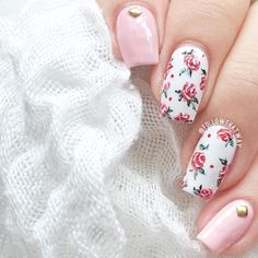 """warming up roses kind of design  Slightly rusty but nonetheless workable, a couple more tries and I'll be back on full track!  Colours and Tools used: @essiepolish's """"Beach Party"""" @orlynails's """"White Out"""" @whatsupnails's Glamour 1 brush @lightinthebox's gold studs  Have a fantastic Friday! ❤️"""