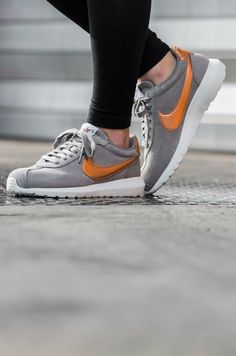 separation shoes 286f4 5ee5f Nike Roshe LD-1000