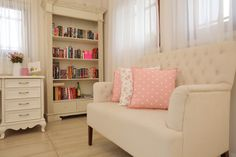 Beautiful shabby chic cottage library