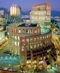 Vancouver Public Library, Vancouver, British Columbia, Canada.