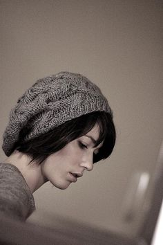 I've been wanting this hat for just about forever. I seriously just need to learn to knit hats so I can make this.