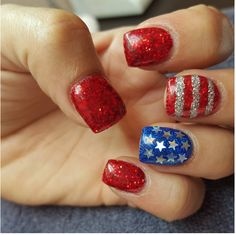 Day hair Fourth of July Nail Art Ideas That Are Both Chic and Patriotic Celebrate the Fourth of July with these patriotic nail art ideas.Celebrate the Fourth of July with these patriotic nail art ideas. Get Nails, Love Nails, Pretty Nails, Hair And Nails, Beautiful Nail Designs, Cute Nail Designs, Art Designs, Opi, Patriotic Nails