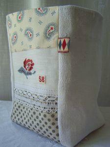 Vide-poches patch-broderie - Un et un font quatre
