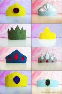 Felt Princess Crowns - Cutesy CraftsCutesy Crafts: Felt Princess Crowns with template and tutorial. disney DIY diydisney disneycraft disneycrafts DIY felt gift attachments - Think. Disney Diy, Disney Crafts, Sewing For Kids, Diy For Kids, Crafts For Kids, Arts And Crafts, Felt Diy, Felt Crafts, Paper Crafts