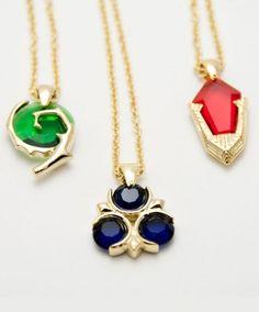 Three spiritual stones necklaces pendants from Zelda. Geek Jewelry, Cute Jewelry, Body Jewelry, Fashion Jewelry, The Legend Of Zelda, Goodies Manga, Bijoux Diy, Geek Chic, Stone Necklace
