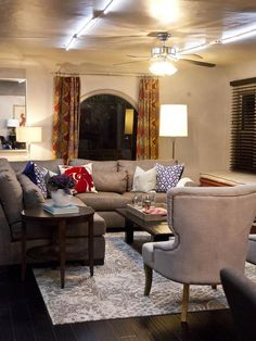 HGTV Star contestants Anne Rue and Tiffany Brooks created a sorority common room that is both formal enough for alumni gatherings, but casual enough for movie nights and chapter meetings. (http://www.hgtv.com/hgtv-star/hgtv-star-season-8-photo-highlights-from-episode-5/pictures/page-10.html?soc=Pinterest)